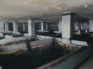 A photograph of open fermenters at the former Hansa Brewery, proof that even high lager brewers have humble origins.