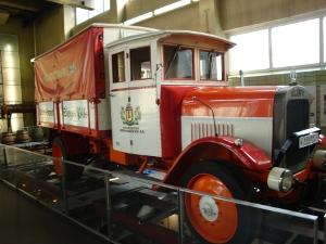 2010-10-24-union-truck
